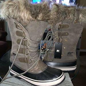 Women's Sorel Joan of arctic boot. Brand new.